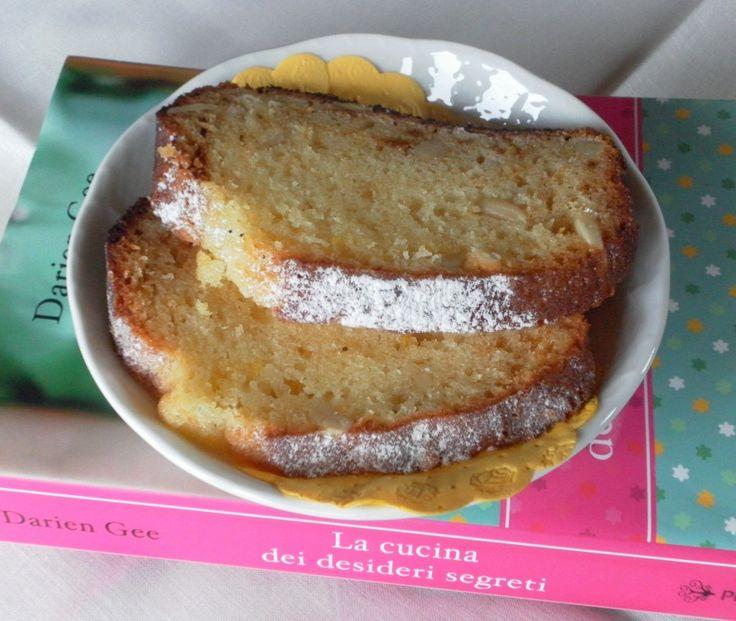 Pane amish dell'amicizia al limone e pinoli/AFB lemon and pine nuts cake
