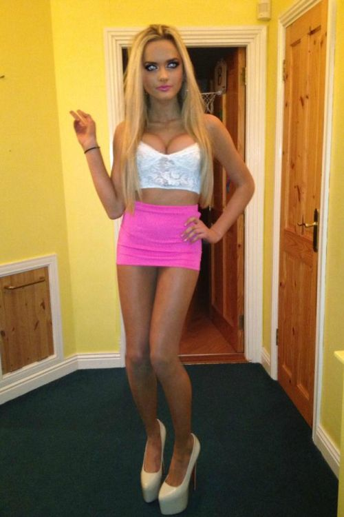 In Skirts Hot Teens 25