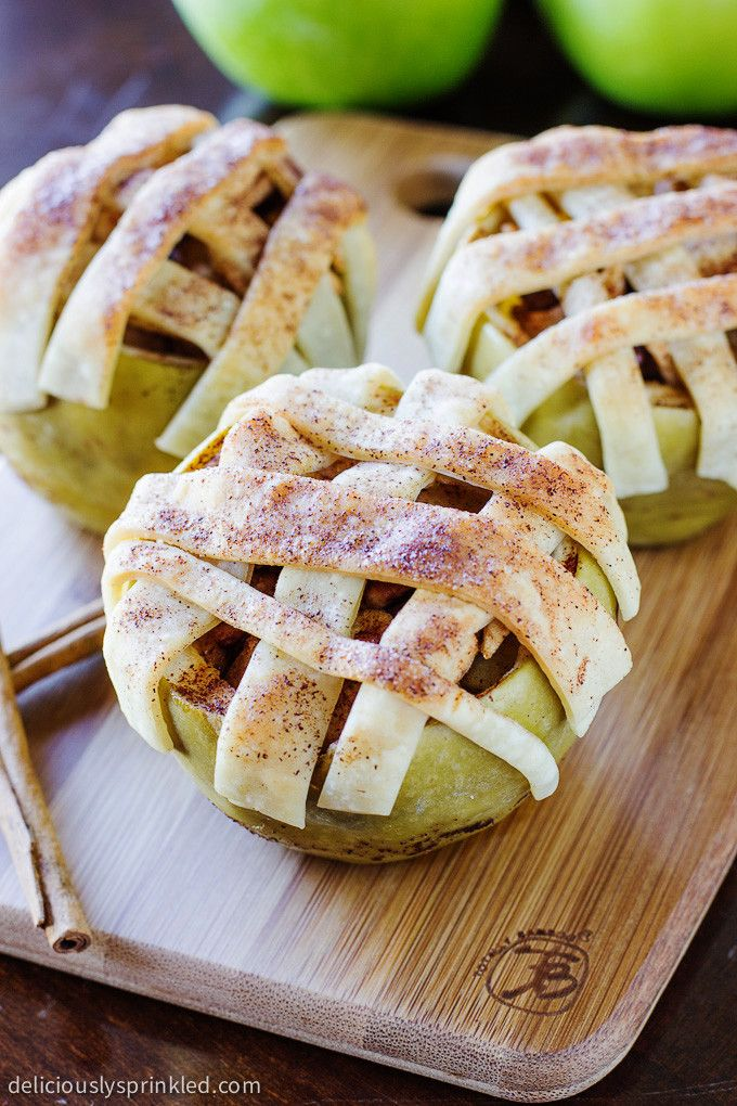 Easy Baked Apple Pie Apples - Have your apple pie without feeling guilty! These apples are incredibly tender and taste just like a homemade apple pie!