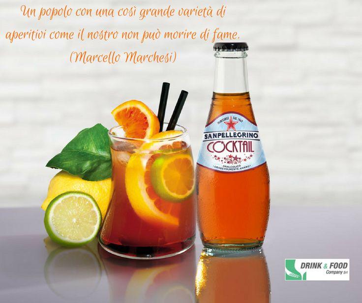 🍹 Ti piace stupire?  3/6 di cocktail San Pellegrino   3/6 vodka alla pesca  ghiaccio  fette di arancia rossa e lime  Servi ghiacciato e goditi il tuo #aperitivo