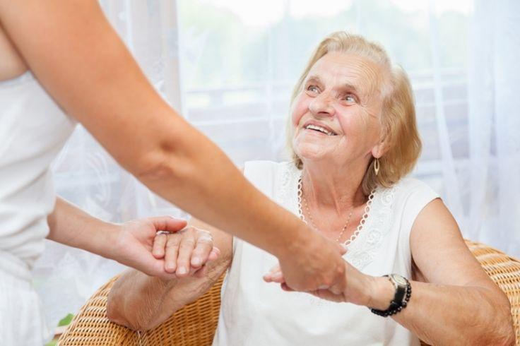 #La maladie d'Alzheimer : définition, symptômes, évolution, de quoi s'agit-il? - Ohmymag: Ohmymag La maladie d'Alzheimer : définition,…