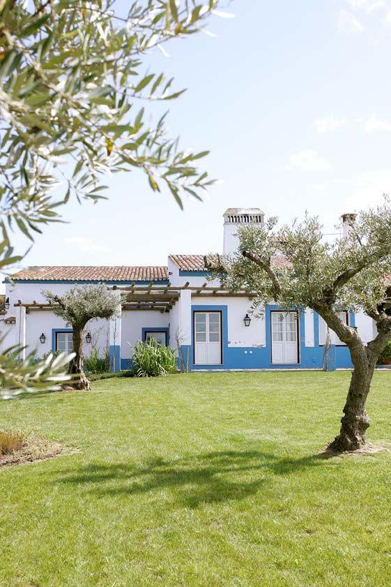 Vale do Manantio, Alqueva http://www.uniquestays.pt/vale-do-manantio stay@uniquestays.pt #uniquestays #lifeatease #valedomanantio #countryside #inspiringhotels #inspiringtravel