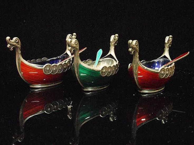 1960'S MADE NORWEGIAN SILVER & ENAMEL VIKING BOAT SPICE CONTAINERS