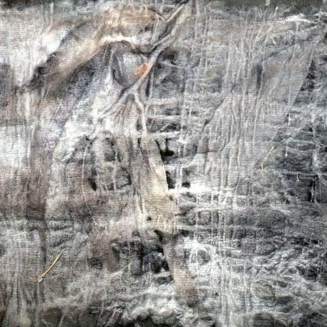 eco-dyeing gum leaves on wool Yarra Valley