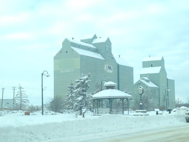 Sexsmith grain towers winter
