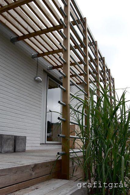 Sideyard or side deck trellising: