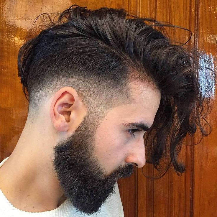 Barrido Lateral de pelo Largo con Undercut