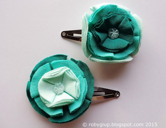 Mollette con fiori sfumati in verde, coppia di mollette per capelli abbinate - Ombre flower clips in green, couple of matching hair clips - RobyGiup handmade #gift #woman #mother #baby #girl #summer #accessory