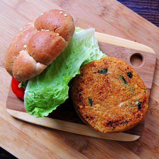spicy sriracha garbanzo burger | Eet | Pinterest