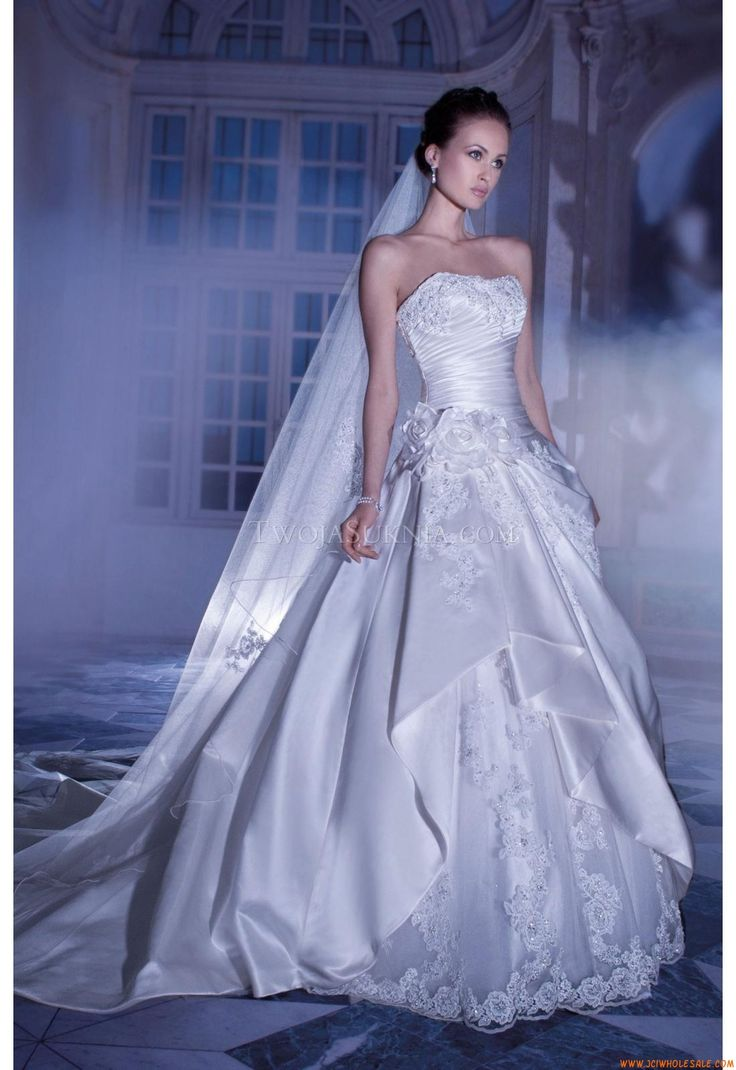 Robe de mariée Demetrios 4319 Sposabella