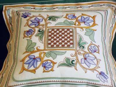 Estense Embroidery: Italian Needlework inspired by Italian Ceramics