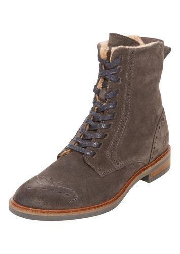 #Marc #O´Polo #Damen #Schnürstiefeletten #´Lace #Up #Bootie´ #grau Schnürstiefeletten von Marc O´Polo mit Reißverschluss auf der Innenseite. Der warme Teddyfutter sorgt für durchgehend warme Füße während der kalten Jahreszeit. Das Lochmuster gibt dem Schuh einen Hauch von Eleganz neben dem sonst lässigen Look.