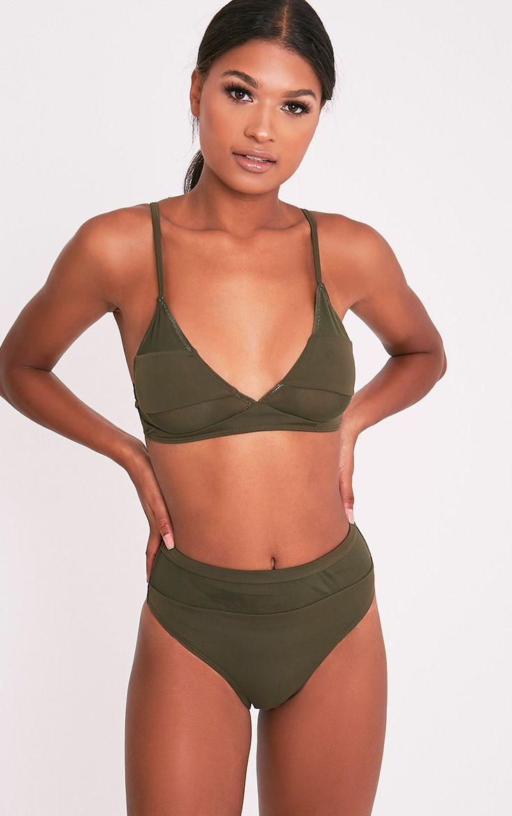 Black Mix and Match Mesh Insert Bikini TopKeep your beachwear on trend and fresh by channeling ul...