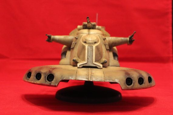 Custom built and painted AMT Trade Federation Tank (AAT) model from Star Wars
