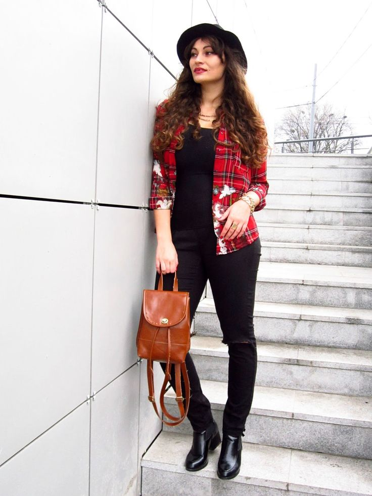 Plaid, flowers & ripped jeans | Camasa in carouri Tidebuy | Color Me RED