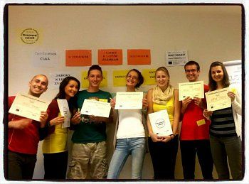 Nehanbi sa! Kurz komunikácie, spätnej väzby a improvizácie pre žiakov a študentov.   http://www.naucmesa.sk/kurz/nehanbi-sa