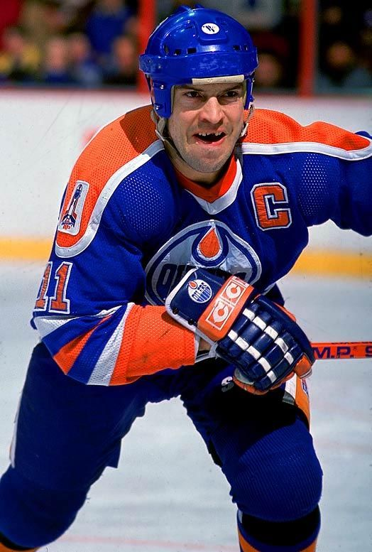 Mark Messier | Edmonton Oilers...Show me a face like this on the team today and Ill show you another Cup in Edmonton!