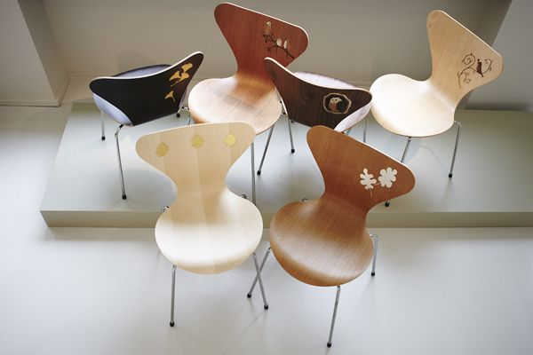 http://www.vogliacasa.it/sedia-serie-7-design-by-arne-jacobsen-2