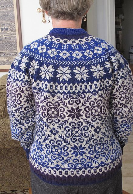 Ravelry: Stars of the Midnight Sun pattern by Cynthia Wasner