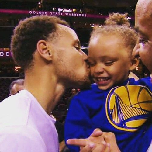 golden state warriors and stephen curry image