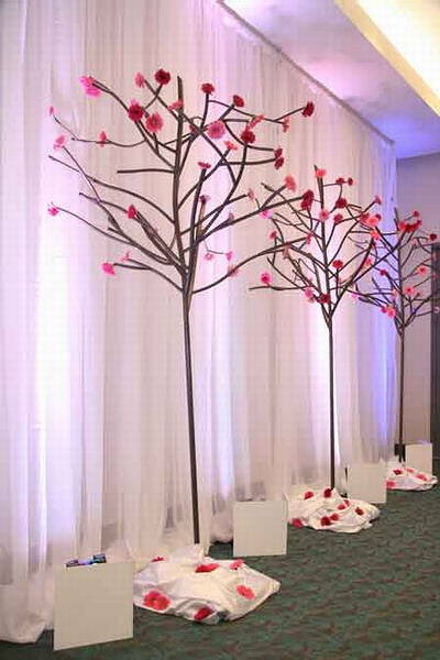 17 best ideas about gala decor on pinterest curly willow for Annual dinner decoration