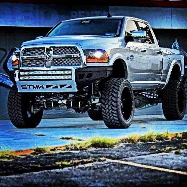 I normally dont care for Dodge but I sure would drive this one!!