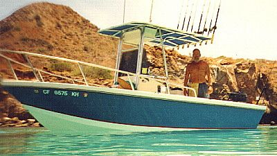 18' Kingfisher - center console sport fishing boat-boatdesign