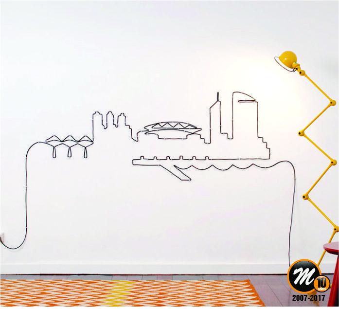 CABLES, CABLES Y MÁS CABLES   Una casa ordenada es una alegría para la vista. Pero a veces hay tantos cables (horribles y enredados), que no sabemos cómo ocultarlos.  Hoy te mostramos ideas de cómo disimular esos cables que no dejan lucir tu casa como te gustaría. Divertite, de paso.