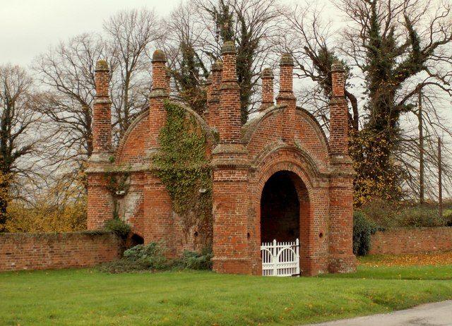 File:Erwarton Hall Gatehouse - geograph.org.uk - 283393.jpg