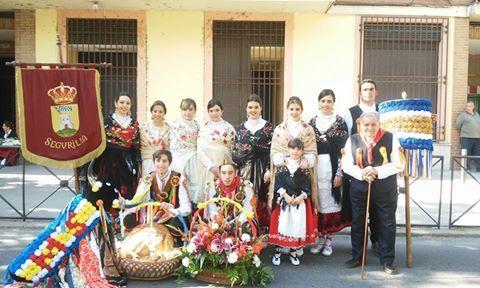 mondas 2015 - la vaquilla de los quintos de Segurilla