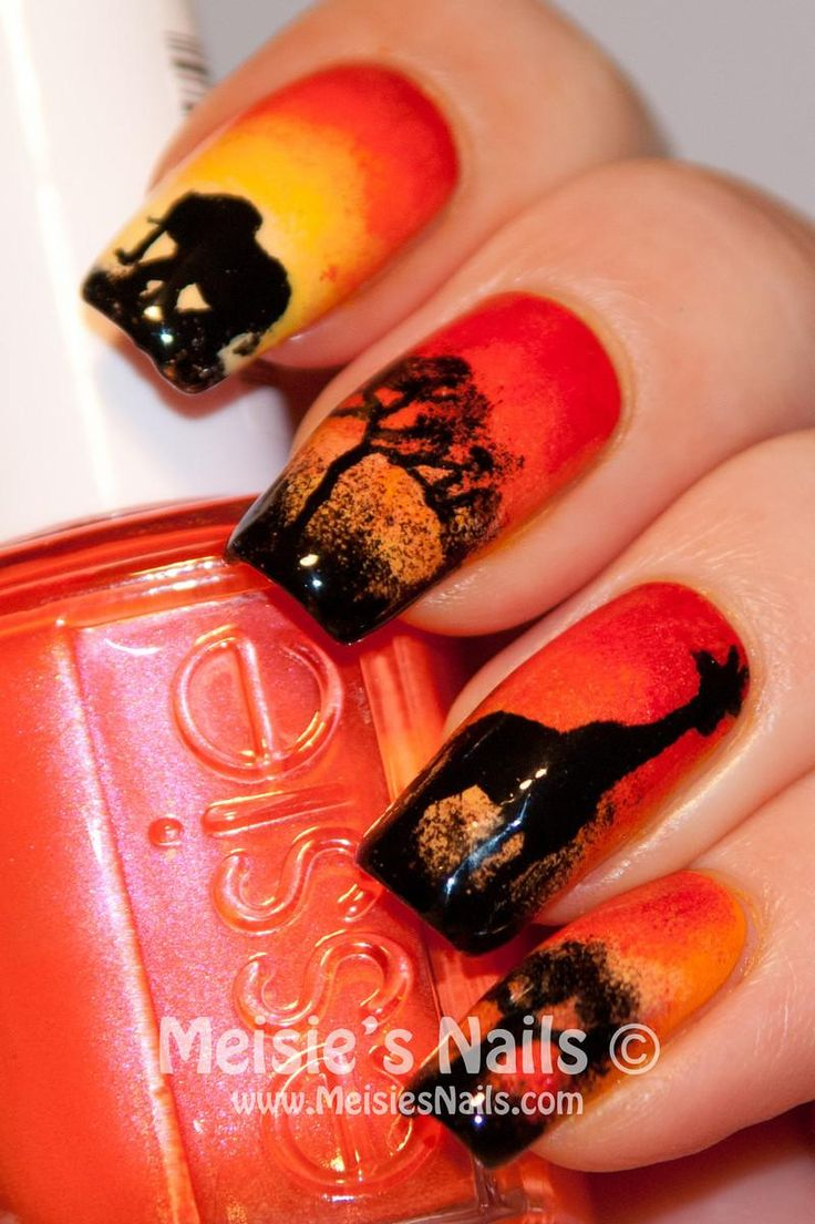 DIY Halloween Nails: DIY Halloween Nail Art : African