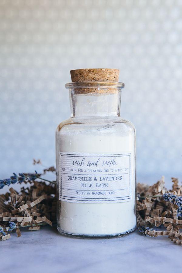 Handmade Mood | Homemade Chamomile Lavender Milk Bath | http://handmademood.com