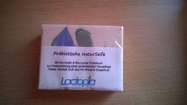 Lacpotia Natur Seife verpackt.