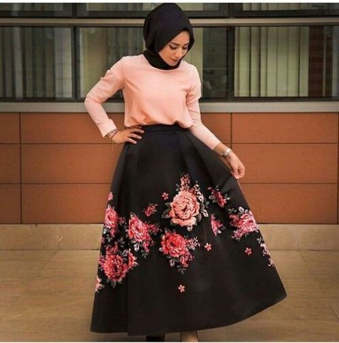 puffy floral maxi skirt- Beautiful hijab outfits http://www.justtrendygirls.com/beautiful-hijab-outfits/