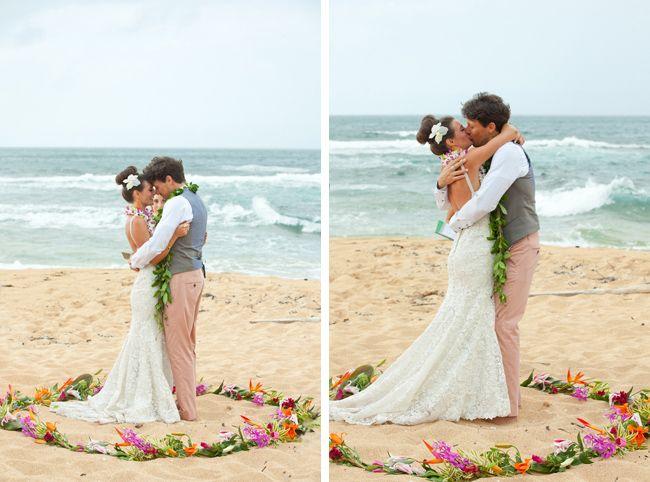 hawaii beach wedding from mickophoto via coastal bride
