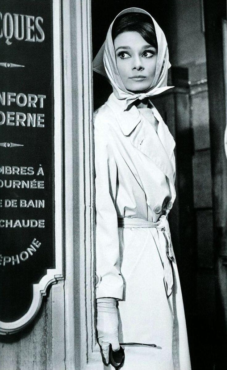 mode années 60  audrey-hepburn-1963-01.jpg