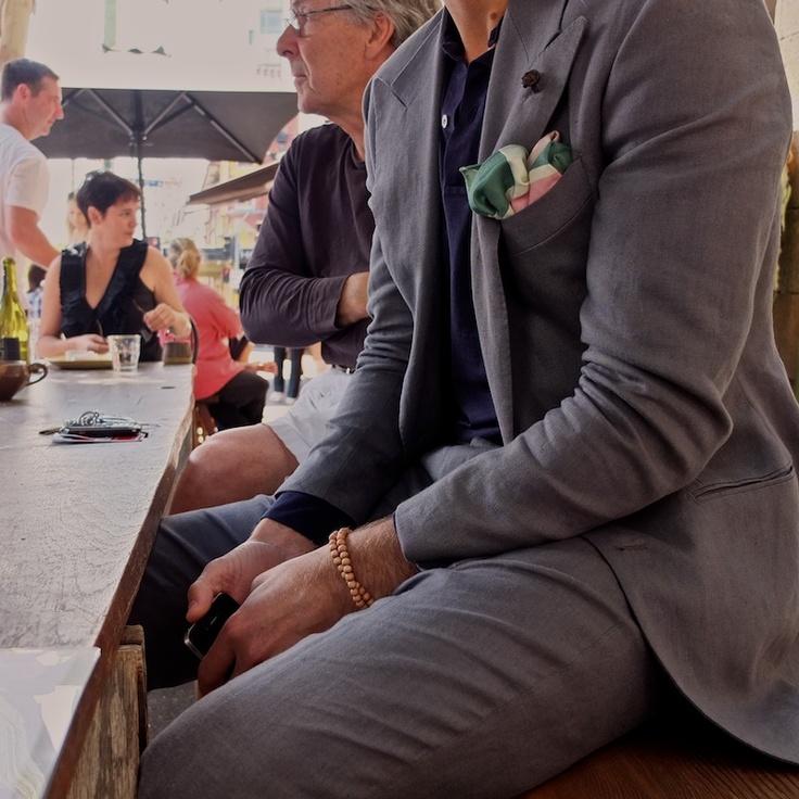 grau cotton sommer: Jacket, Fashion Eye, Posts, Men Fashion, Pockets, Style Men, Gray Suits, Sartorial Style, Pocket Squares