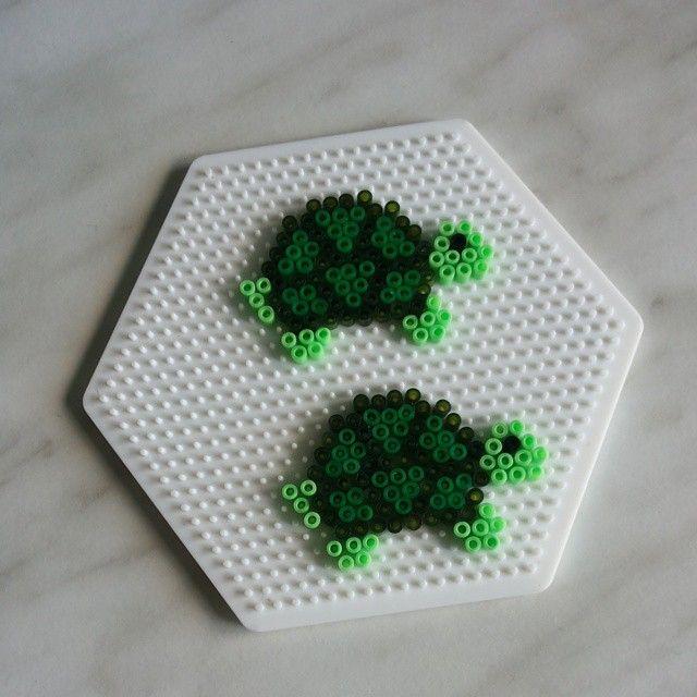 Turtles Perler Beads By Hamabeadsart Diy Perler Beads