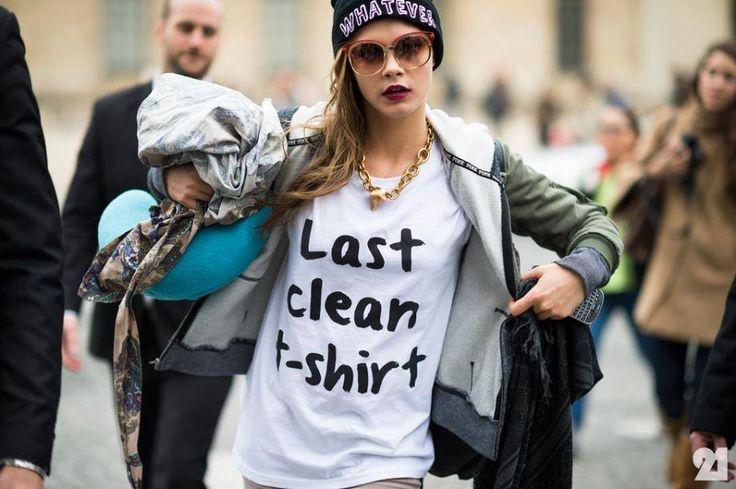#CaraDelevingne and her statement t-shirt #StreetStyle #everydayfashion #style #fashion #stylingideas #closetonthego #beststyle #outfits