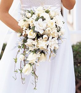 Vintage Bridal Bouquets Ideas | Throw Back Thursday: Cascading Bridal Bouquets