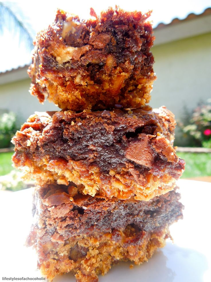 Confessions of a Baking Queen » Blog Archive Pretzel Crusted Brownies - Confessions of a Baking Queen