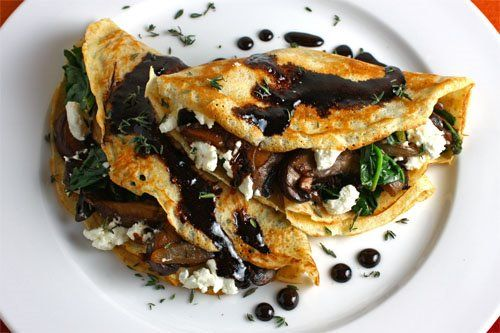 Mushroom and Spinach Crepes with Goat Cheese and Balsamic Drizzle by closetcooking #Crepes #Spinach #Mushroom #Goat_Cheese #Balsamic_Vinegar