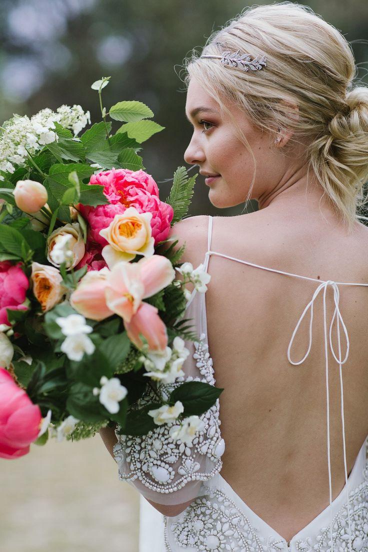 Beach Chic Wedding | borrowedforaday.wixsite.com/hire