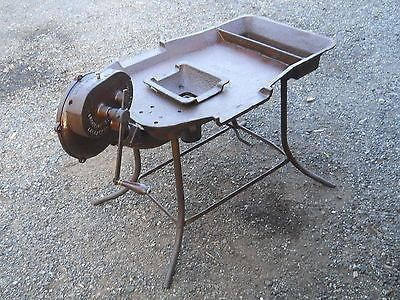 LARGE-BLACKSMITH-FORGE-WITH-WATER-RESERVOUR-LANCASTER-FORGE-BLOWER-ANTIQUE