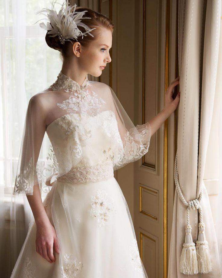♡ ホームページで紹介しているドレスでお問い合わせが多いのがコチラ♡  花みやびでは「サルジュマリカ」という名前がついています^ ^  雪の結晶のようなケープの刺繍がキラキラとキレイなんですよ  #カンタベッラ#ケープ#花みやび#結婚式準備#ブライダル#ウェディング#ウェディングドレス#結婚式#ブライダル#ウェディングアクセサリー#ヘッドアクセサリー#プレ花嫁#ブライダルフォト#フォトウェディング#ブライダルアクセサリー#ブライダルヘア#衣装選び#試着#衣装合わせ#花嫁#金沢#石川#日本#hanamiyabi#wedding#weddingdress#weddingstyle#bride#bridal#weddingaccessories#accessories
