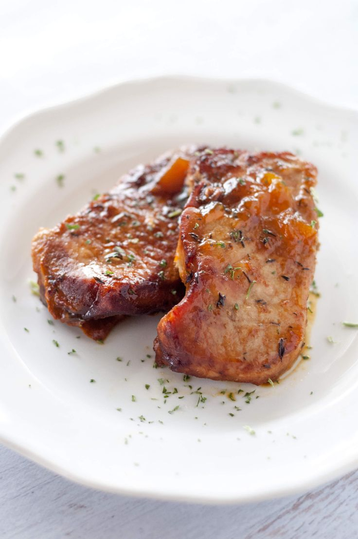 Slow cooker peach pork chops. This site is packed full of simple, fresh and delicious recipes for your crock pot.