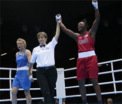 America`s 17-year-old prodigy Claressa Shields took the inaugural Olympic gold in the women`s 75 kg boxing tournament