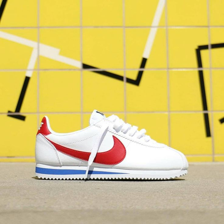 "539 mentions J'aime, 11 commentaires - 1st Hand Sneakers Online Store (@sneakersjava) sur Instagram : ""Nike Cortez Forest Gump BNWB Original Made in Indonesia Size : Ask Admin 😀 IDR 950.000…"""