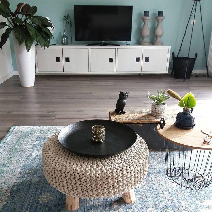 #kwantum repin: Kruk YORK > https://www.kwantum.nl/meubelen/stoelen/krukken/meubelen-stoelen-krukken-kruk-york-zand-40-cm-1393121 @home_byme
