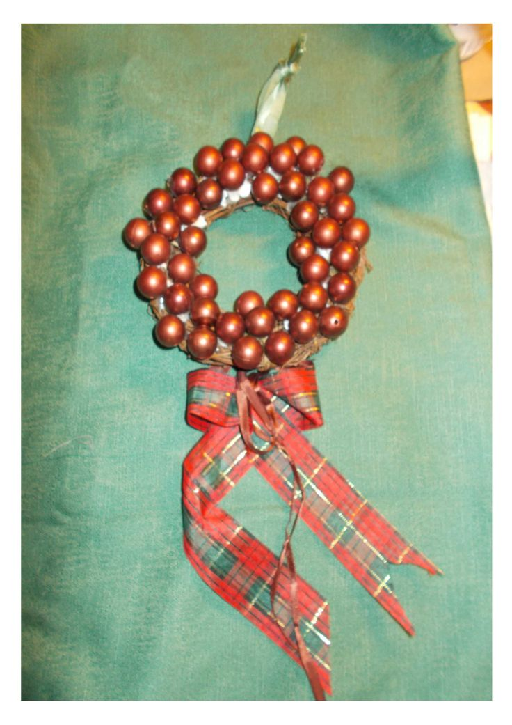 wreath made of small brown beads.